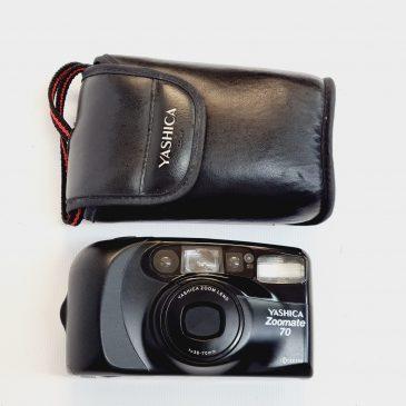 Yashica Zoomate 70 Kyocera 38-70mm